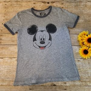 Mickey Mouse T-shirt in Gray by Disney Size large